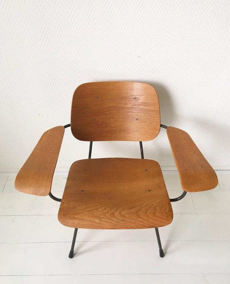 Mid-Century Modern Minimalist Dutch Design Pilastro Easy Chair Model 8000 by Tjerk Reijenga, 1960s For Sale
