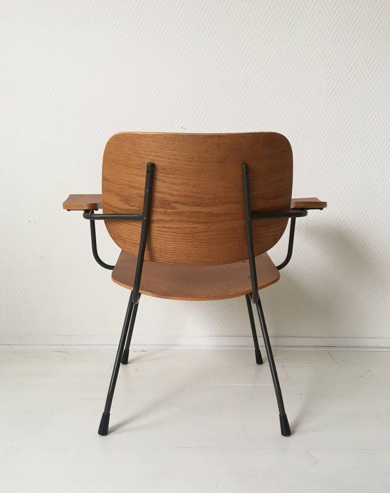Minimalist Dutch Design Pilastro Easy Chair Model 8000 by Tjerk Reijenga, 1960s For Sale 1
