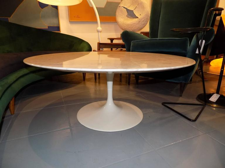 Beautiful Saarinen Cocktail Or Coffee Table Knoll Edition At 1stdibs