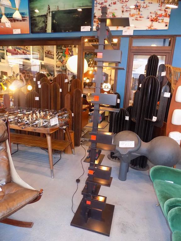 Black Taliesin Frank Lloyd Wright Wood Floor Lamp Yamagiwa Edition 2