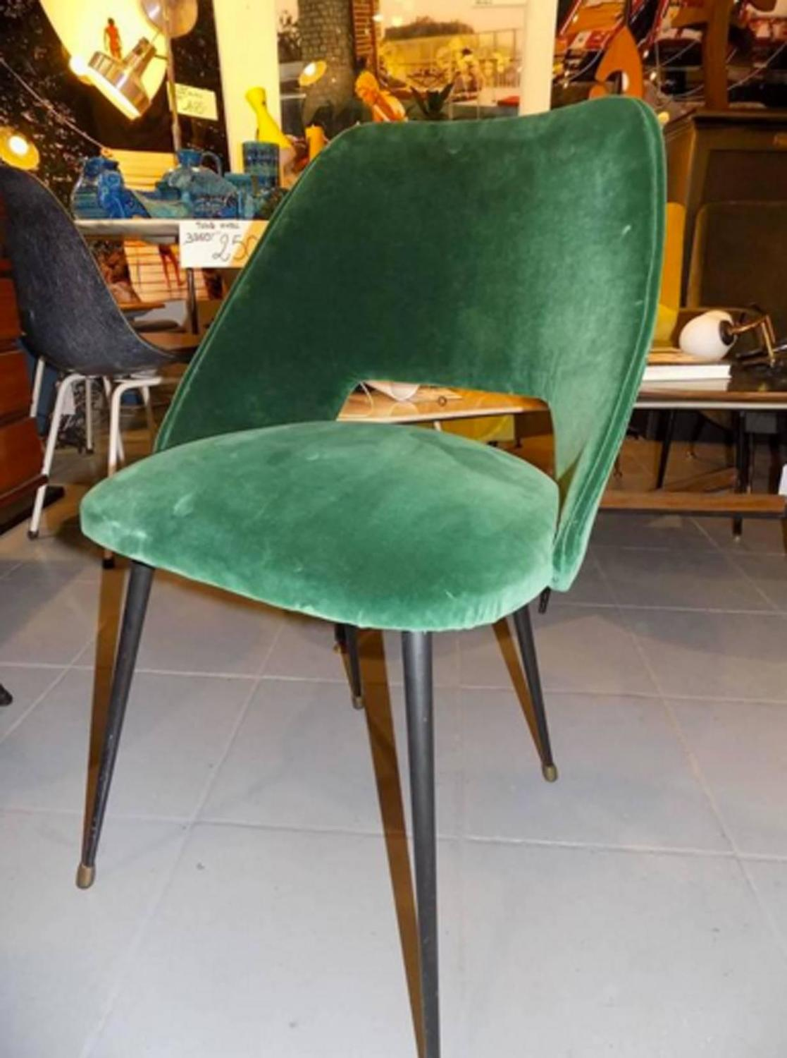 Set of four italian reupholstered chair in a green velvet for Reupholstered chairs for sale