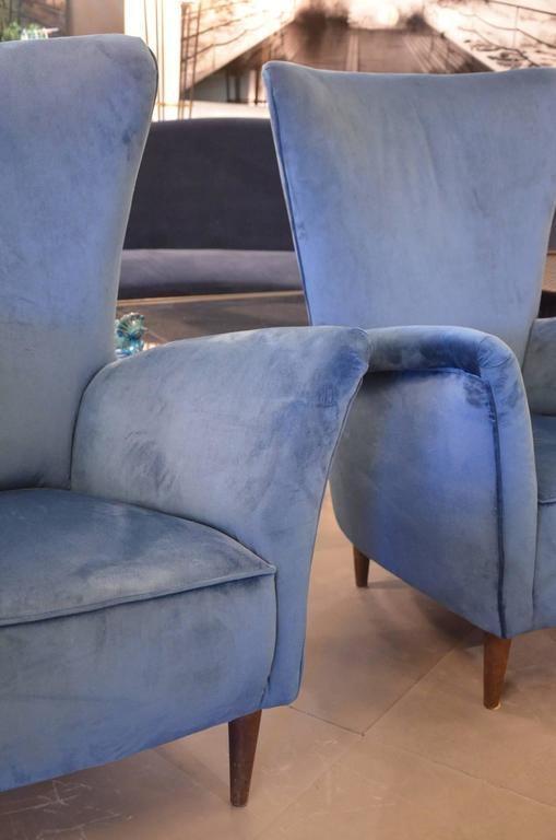 Beautiful Pair of Italian Reupholstered Armchairs in the Taste of Gio Ponti 3