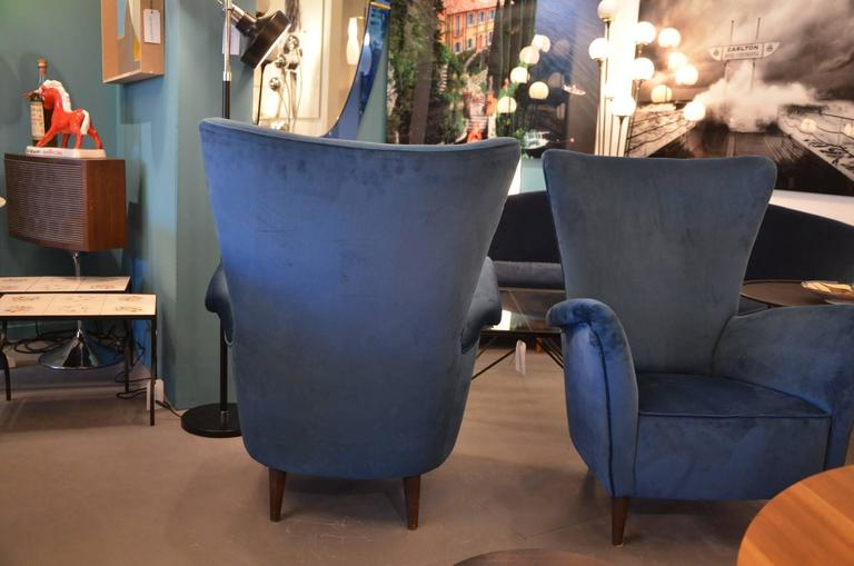 Beautiful Pair of Italian Reupholstered Armchairs in the Taste of Gio Ponti 5