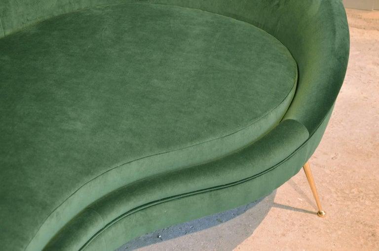 Huge Italian Green Velvet Sofa in the Style of Ico Parisi, circa 1960 4