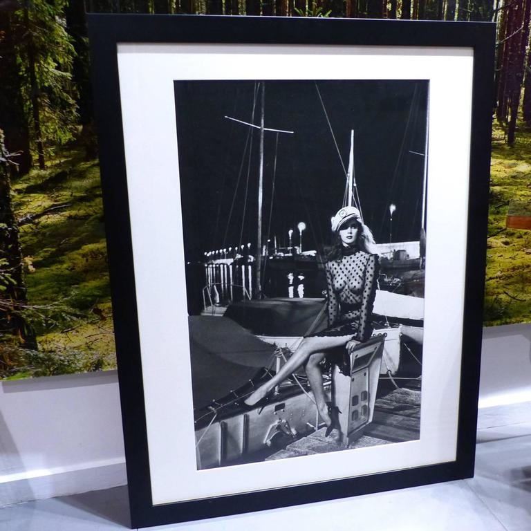 helmut newton framed poster fashion sonia rykiel stern saint tropez 1980 for sale at 1stdibs. Black Bedroom Furniture Sets. Home Design Ideas