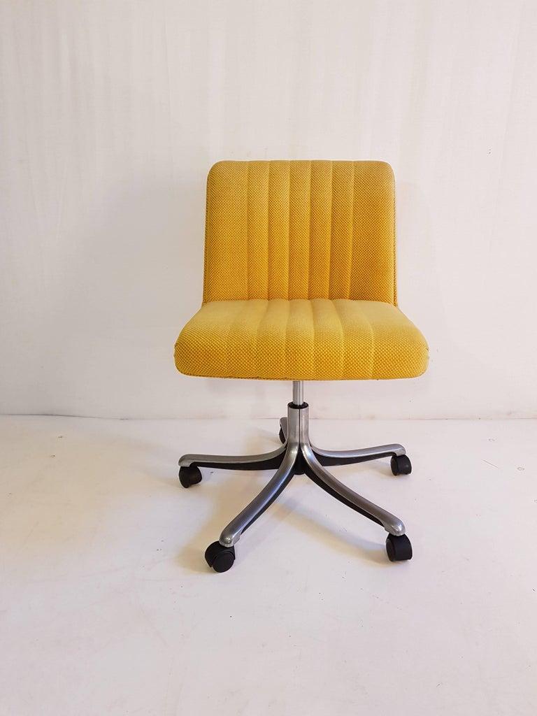 Mid Century Modern Swivel Desk Chair P126 By Osvaldo Borsani For Tecno