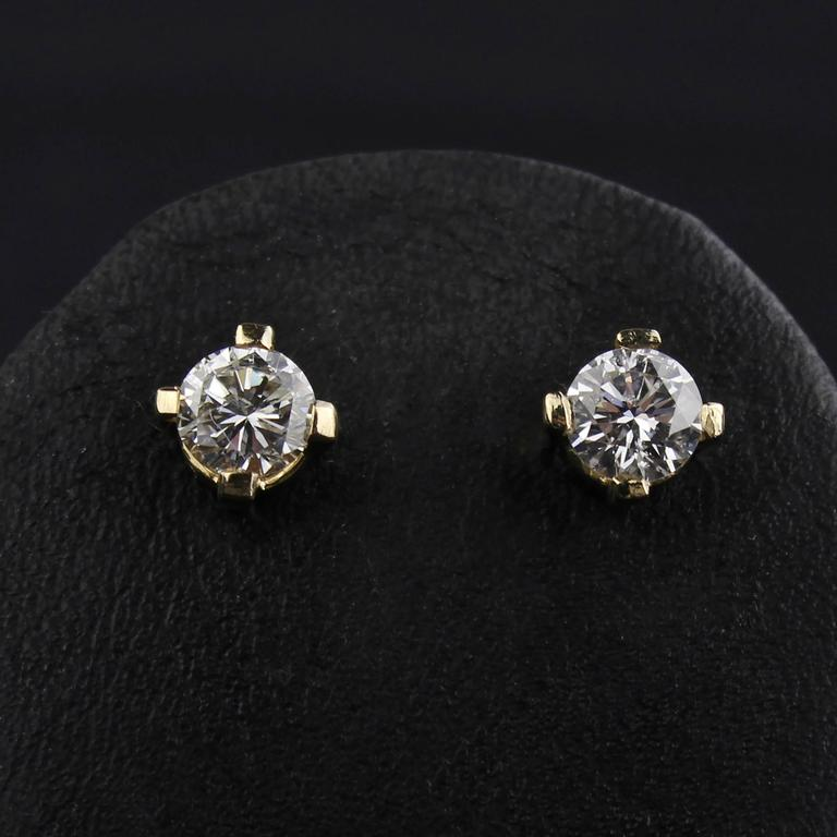 Nice Pair Of Vintage Diamond Earrings In 585 14 Karat Yellow Gold