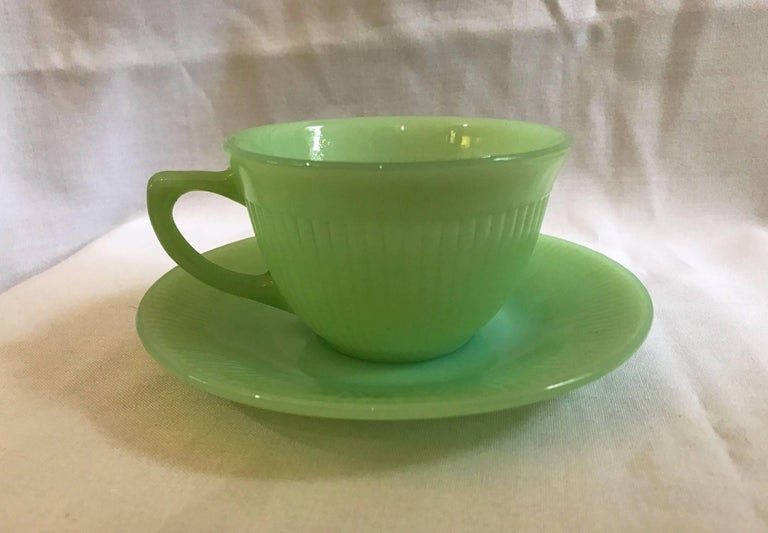 Terrific Set of Jadeite - Fire King Anchor Hocking 12 Cup 14 Saucer ...