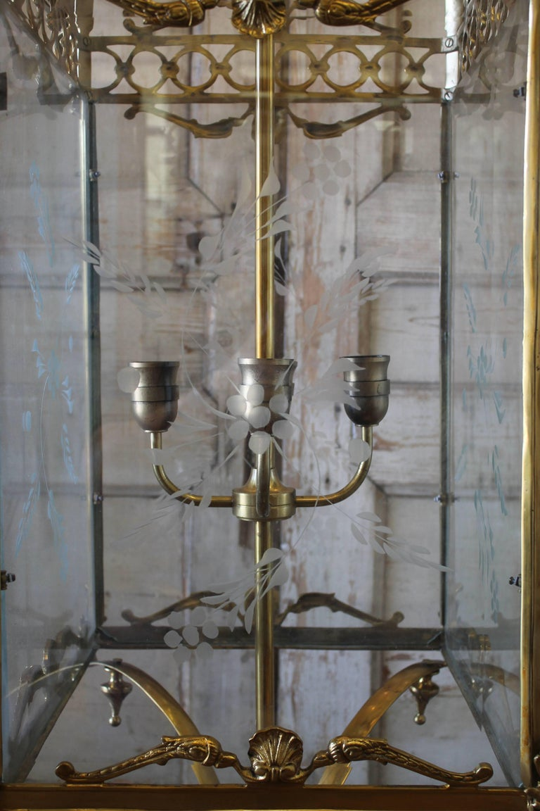 20th Century Pair of English Gilt Bronze Lantern Lights with Etched Glass For Sale