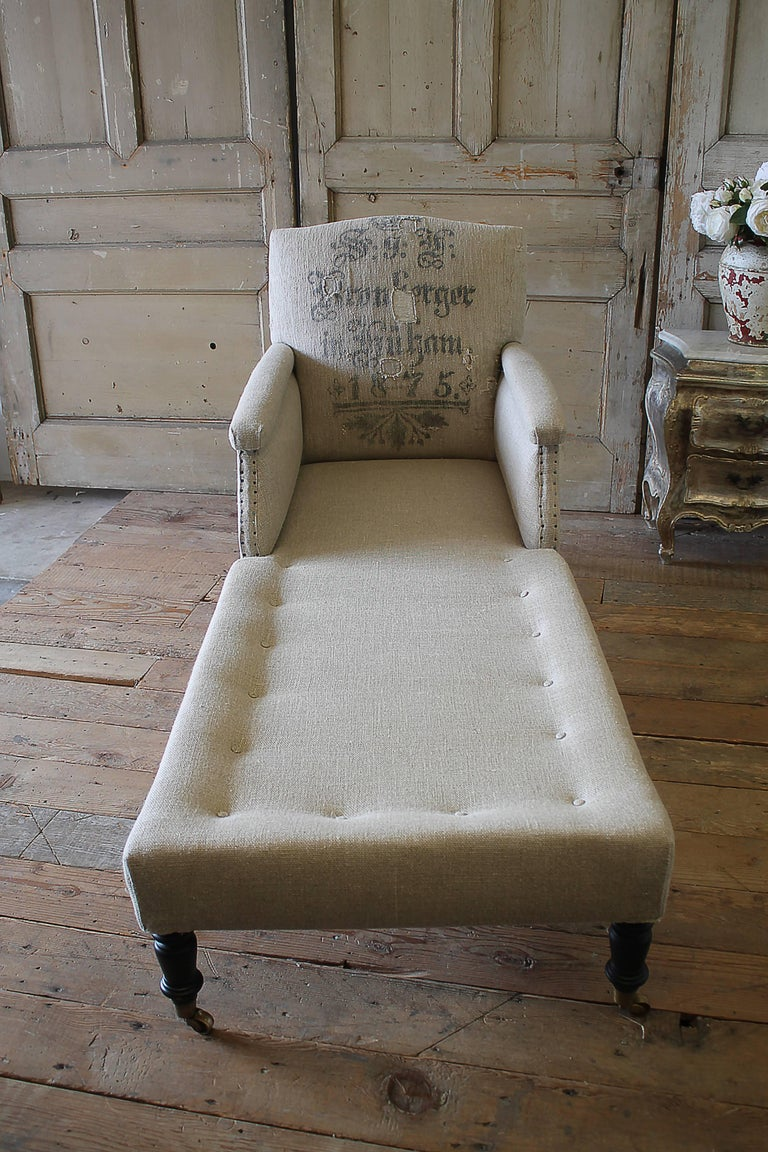 Antique style chaise longue with antique german feed sack for Antique style chaise