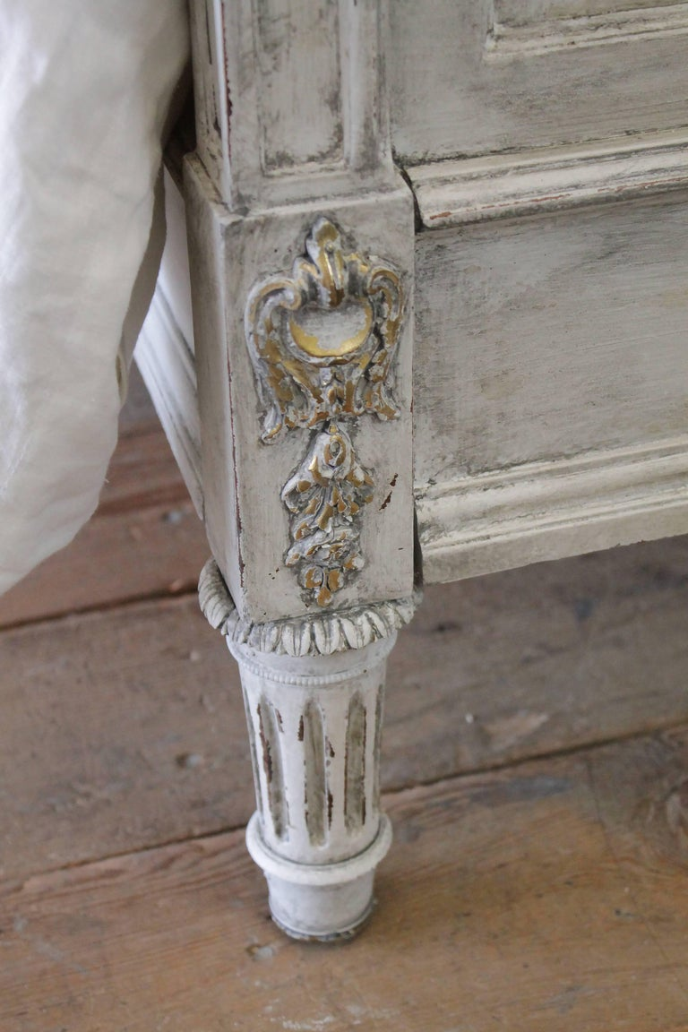 Early 20th Century Antique Louis XVI Style Full Size Bed For Sale 2