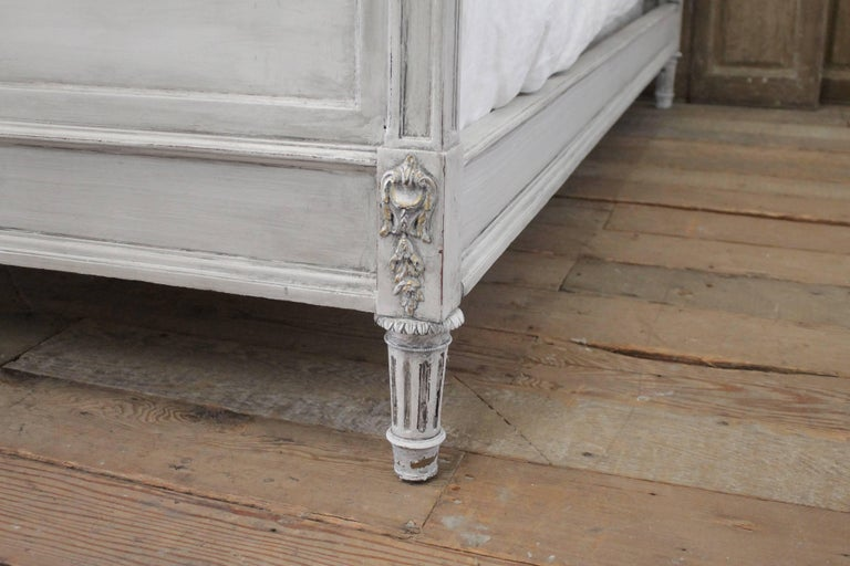 Early 20th Century Antique Louis XVI Style Full Size Bed For Sale 3