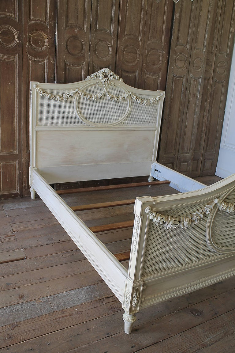 French Country Painted Cane And Roses Swag Bed Full Or