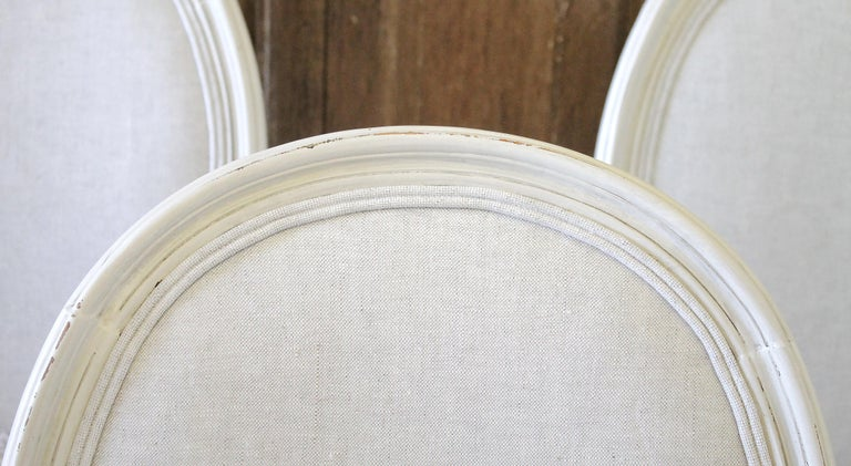 Linen Set of 6 Louis XVI Style White Painted and Upholstered Dining Chairs For Sale