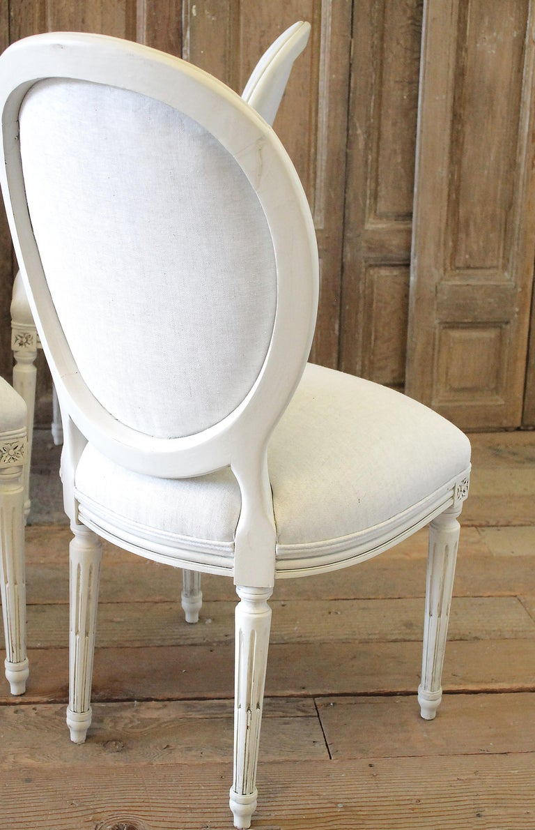 20th Century Set of 6 Louis XVI Style White Painted and Upholstered Dining Chairs For Sale
