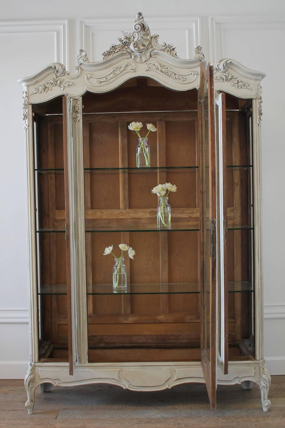 19th Century Louis Xv Style Painted French Curio Display