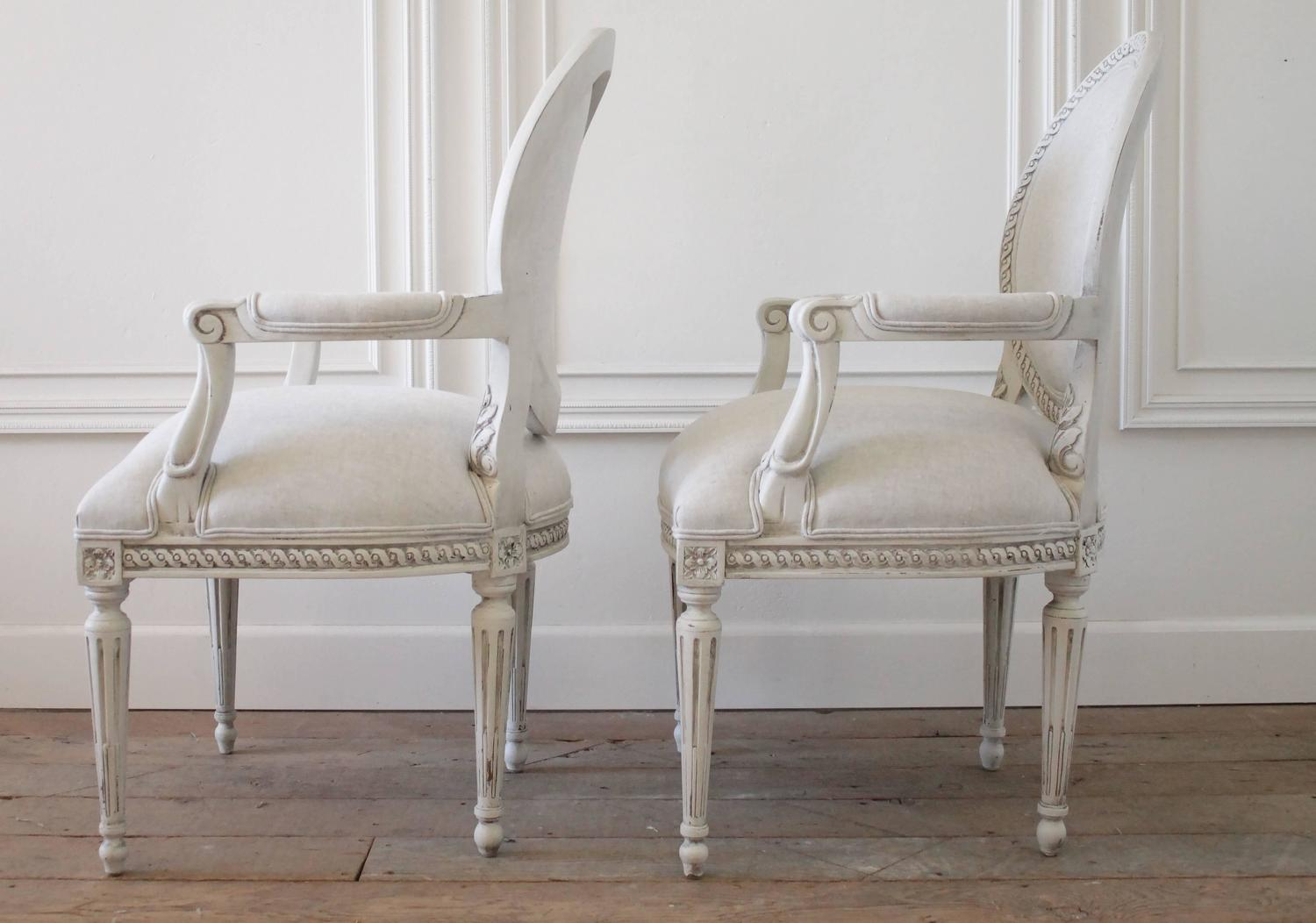 Set Of 12 French Louis XVI Style Dining Chairs Upholstered In Natural Linen F