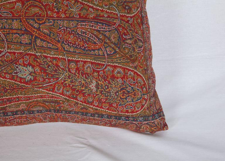 Early 19th Century Paisley Wool Pillow For Sale 1