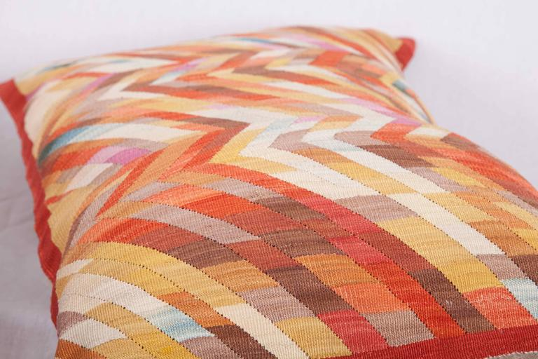 Contemporary Silk Kilim Pillows For Sale 5