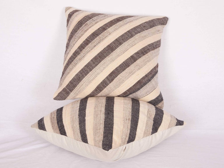 Pillows Made Out of an Anatolian Turkish Mid-20th Century Kilim In Good Condition For Sale In Istanbul, TR
