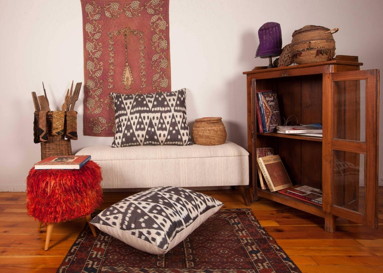 Large Pillow Cases Fashioned Out of Contemporary Uzbek Silk and Cotton Ikats For Sale 1