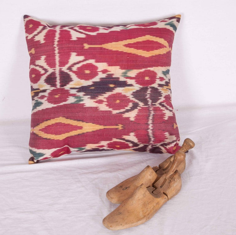 Antique Ikat Pillow Case Fashioned from a 19th Century Uzbek Ikat In Good Condition For Sale In Istanbul, TR