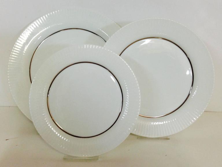 1960s German Porcelain And Platinum Dinnerware Set Of 24