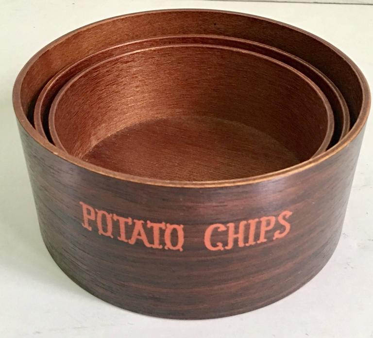 American Mid-Century Modern Wood Snack Bowl Set of Three Pieces For Sale