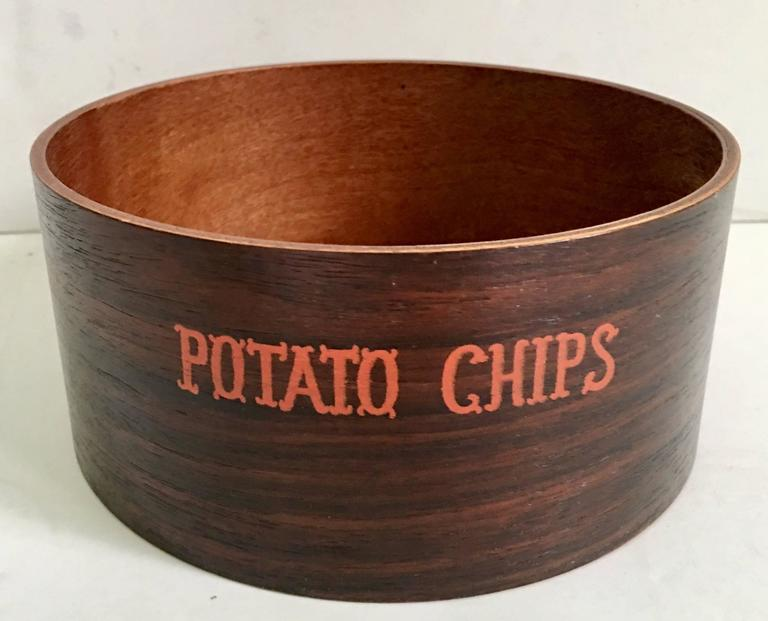 Mid-Century Modern Wood Snack Bowl Set of Three Pieces In Good Condition For Sale In West Palm Beach, FL
