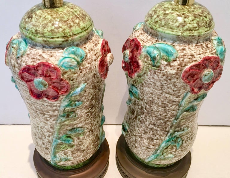 Pair Of Mid-Century Organic Form Ceramic Pottery Lamps In Excellent Condition For Sale In West Palm Beach, FL