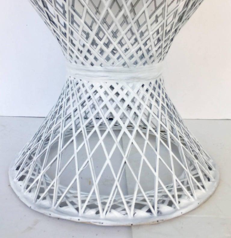 Mid-Century Modern Pair of Spun Fiberglass Slipper Chairs by Russell Woodard For Sale 1