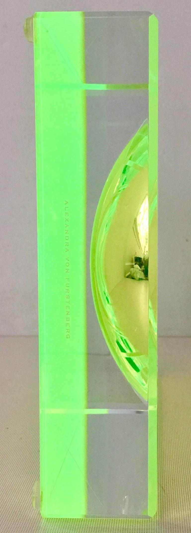 Modern Lucite Optic Square & Round Green Bowl By, Alexendra Von Furstenberg For Sale 1