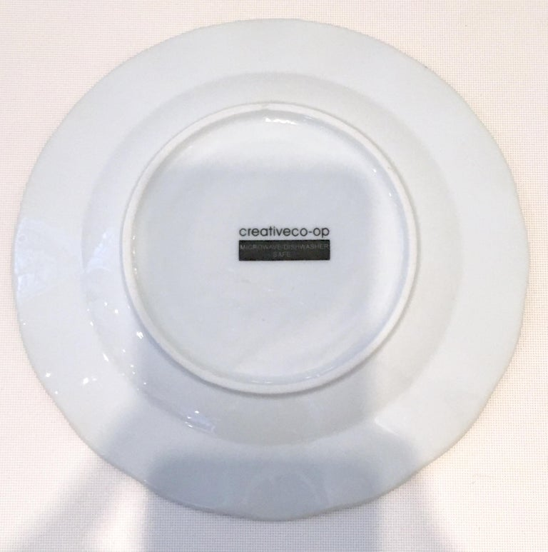 Vintage Ceramic Blue & White Salad/Dessert Plates S/9 by, Creativeco-Op In Good Condition For Sale In West Palm Beach, FL