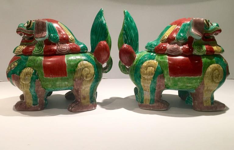 Vintage Chinese Ceramic Lidded Foo Dog Boxestureens At 1stdibs