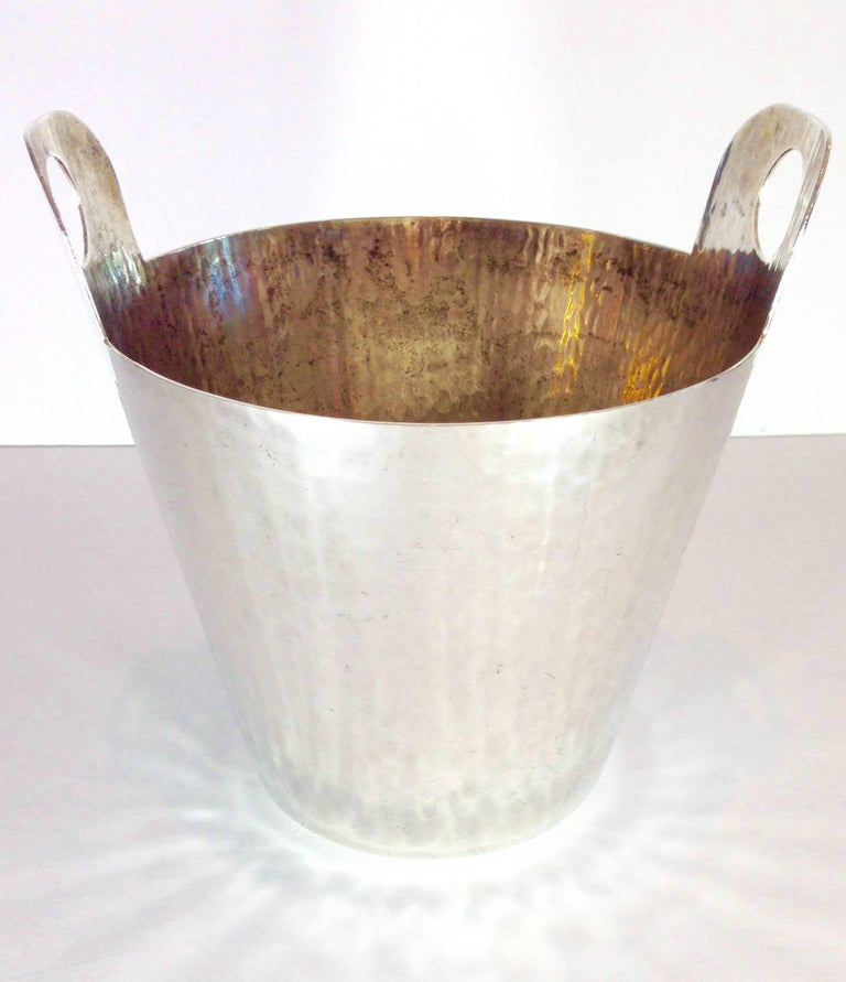 Vintage Italian Hammered Silver Plate Champagne Bucket In Excellent Condition For Sale In West Palm Beach, FL