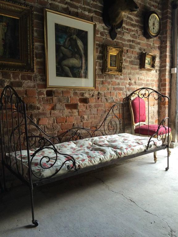 French Antique Victorian Daybed 19th Century Casters