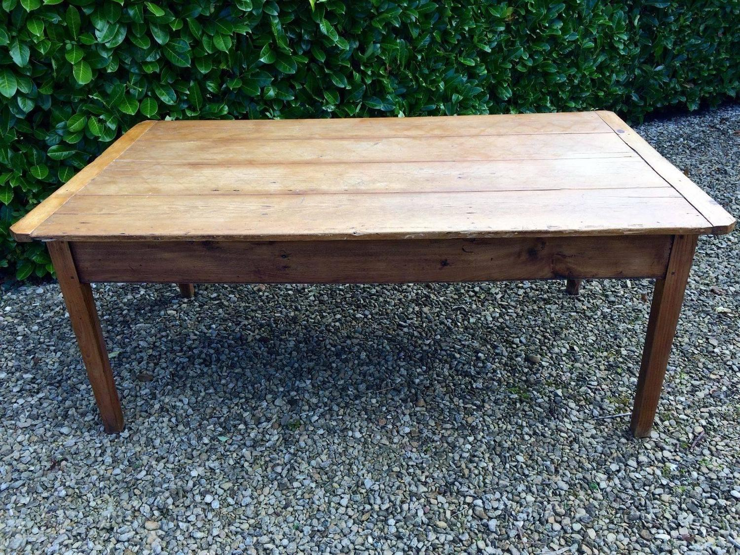 French farmhouse pine kitchen table rustic for sale at 1stdibs for Rustic farm tables for sale