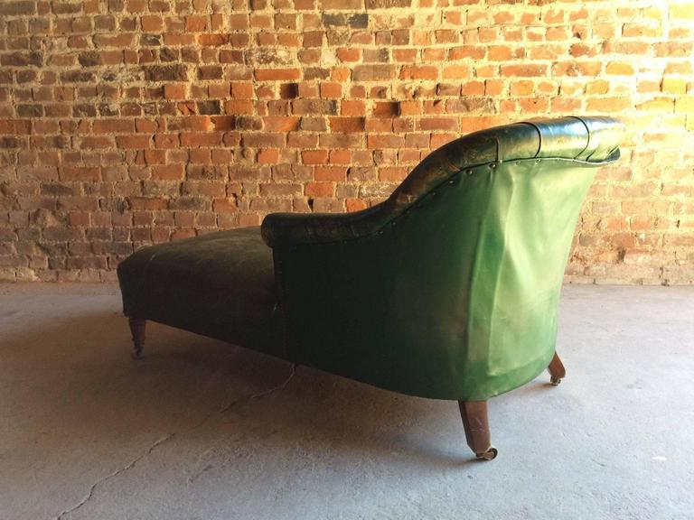 Howard Sons Style Napoleon III Chaise Longue Victorian For Restoration In Fair Condition Sale
