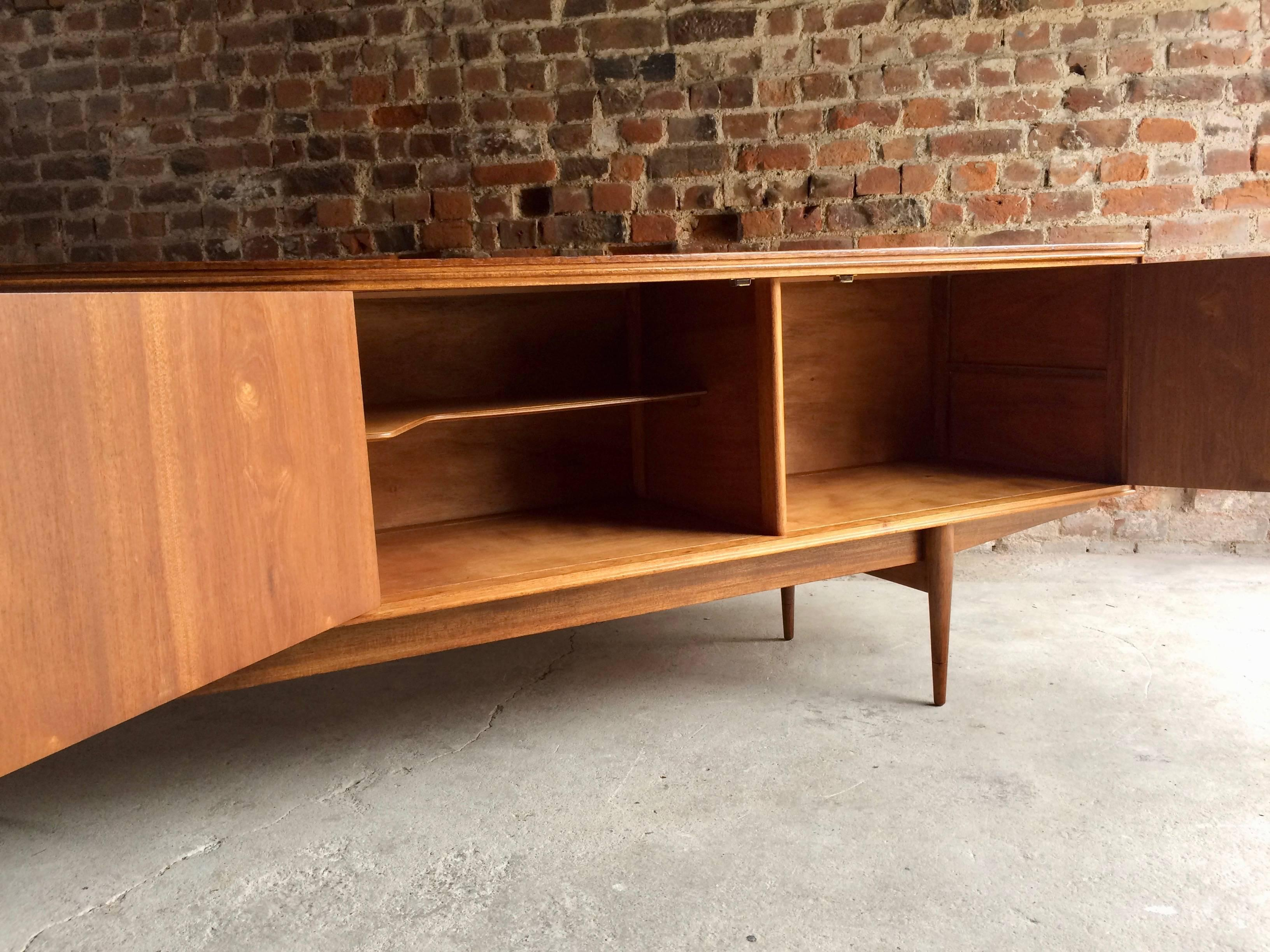 Mid Century Credenza Hamilton Sideboard, Robert Heritage For Archie Shine,  1958 In Excellent