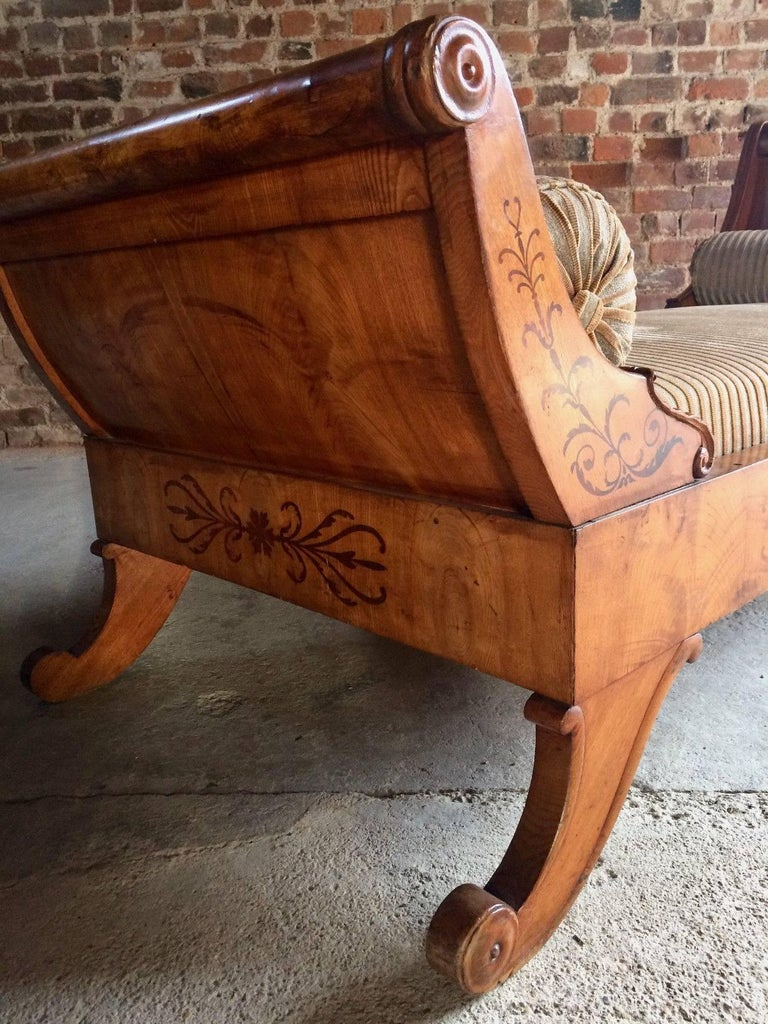 Antique biedermeier ash chaise longue daybed 19th century for Antique chaise longue for sale