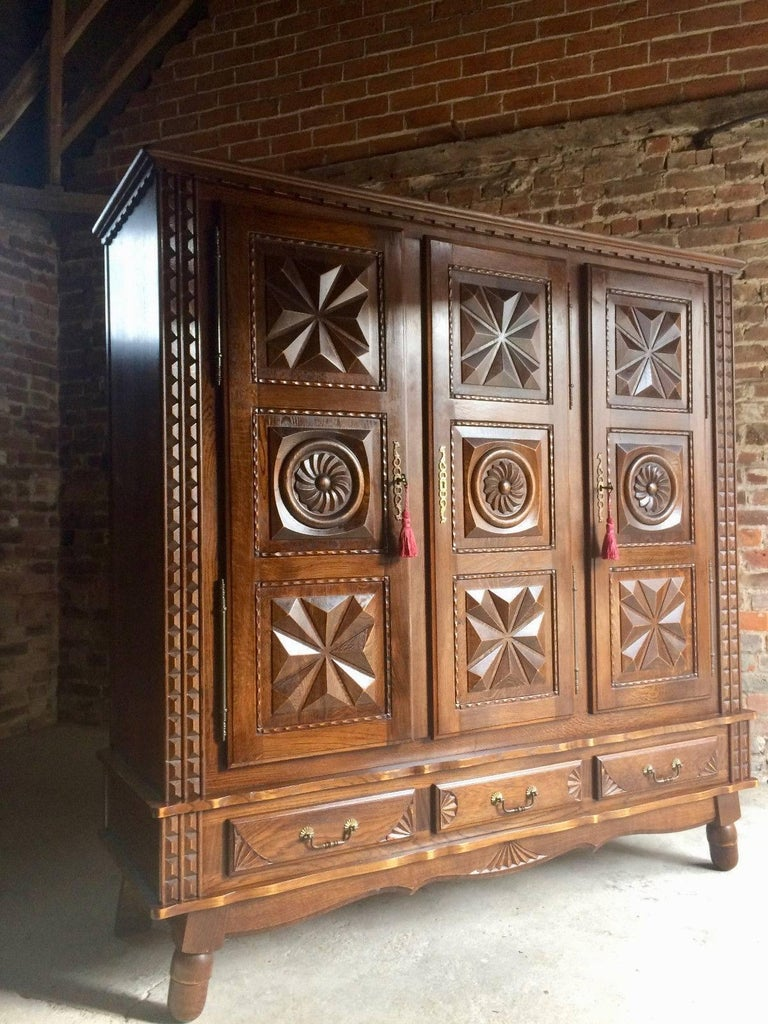 antique style french oak armoire wardrobe large carved. Black Bedroom Furniture Sets. Home Design Ideas