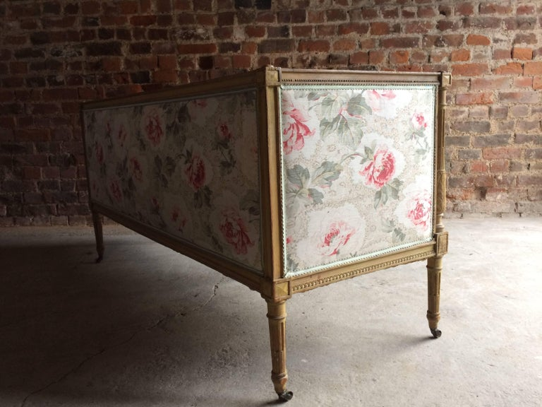 Antique 18th Century French Louis XV Salon Sofa Settee Painted Beech, circa 1770 For Sale 6