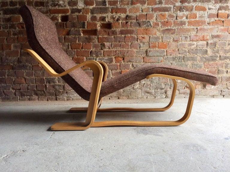 Mid-Century Modern Marcel Breuer Long Chair Chaise Longue Isokon, 1970s For Sale
