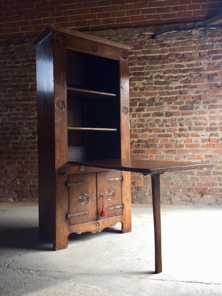 Primitive Farmhouse Cupboard Table 16th Century Dutch