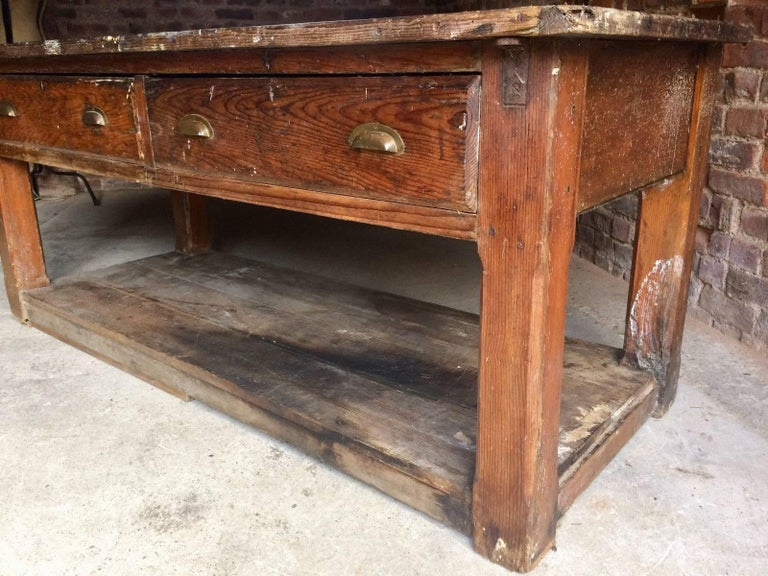 industrial loft style pine work bench table sideboard circa 1900 for sale at 1stdibs. Black Bedroom Furniture Sets. Home Design Ideas