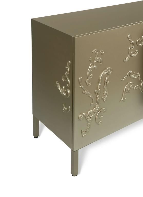 Lacquered French Decoration Cabinet by Sam Baron 4