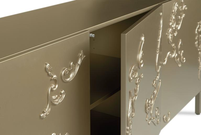 Lacquered French Decoration Cabinet by Sam Baron 5