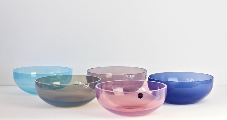 Antonio da Ros for Cenedese Murano Glass Set of Vibrantly Colored Glass Bowls In Good Condition For Sale In Landau an der Isar, Bayern