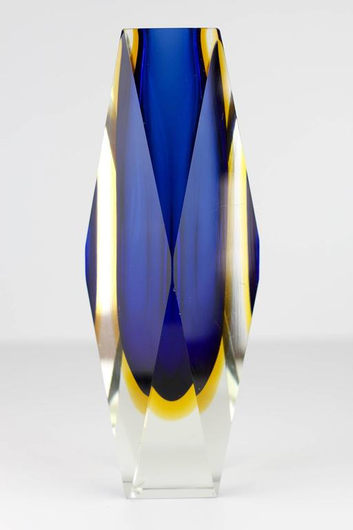 Large Mid Century Faceted Sommerso Glass Vase By Mandruzzato Murano