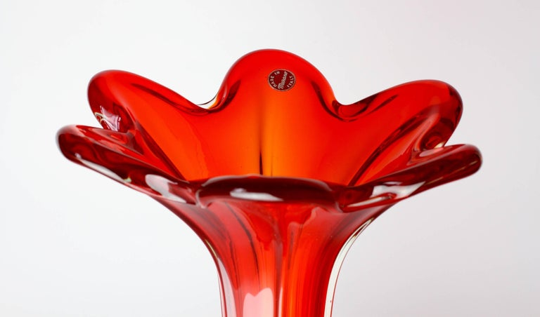 Tall Vintage Italian Mid-Century Red Murano Glass Vase For Sale 4